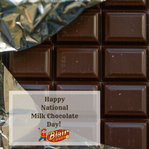 Milk Chocolate and Snickers in Bulk | BlairCandy.com