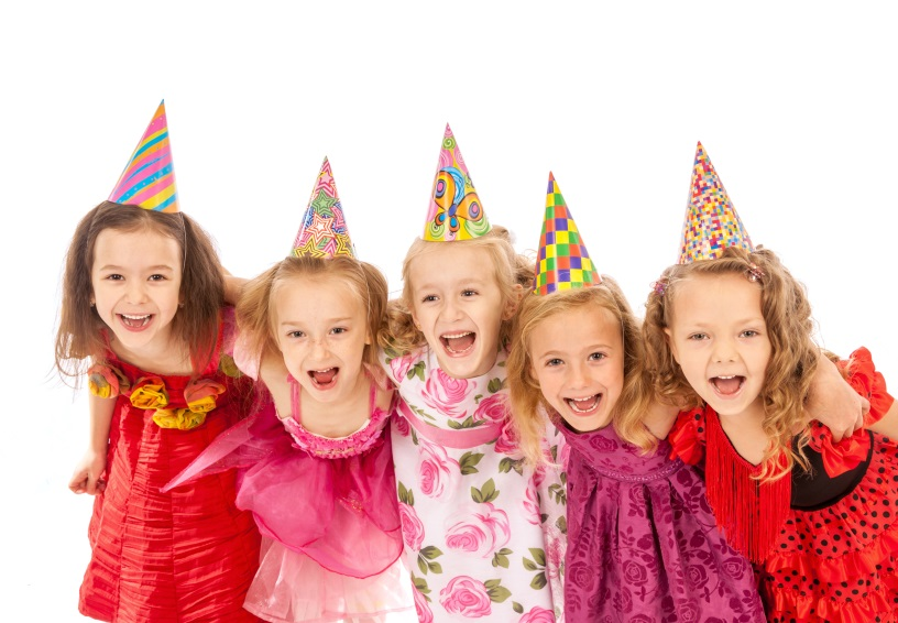 Group of Little Girls at a Birthday Party | BlairCandy.com