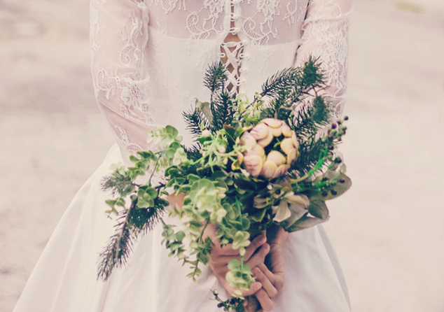 Bouquet of Flowers for a Winter Wedding | BlairCandy.com