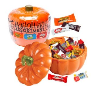Plastic Pumpkin filled with Halloween Candy Mix | BlairCandy.com